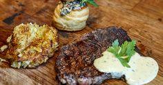 En storfavorit på middagsbordet som aldrig slår fel! Perfekt stekt entrecote med hemslagen bearnaise och krispig potatiskaka.