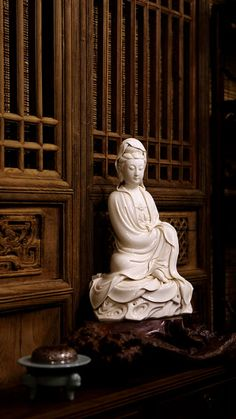 The enlightened being Quan Yin ( a.k.a. Kwan Yin/ Kuan Yin): protector of women and children. This piece exhibits the serene quality highly prized in Quan Yin porcelains.