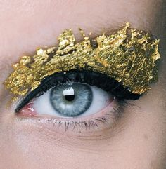 An eye for gold.