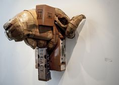 Montreal-based artist Laurence Vallières created a series of cardboard animal sculptures that offer both whimsy and a political statement using symbolism. Cardboard Sculpture, Cardboard Paper, Cardboard Animals, Deconstruction, Animal Sculptures, Recycled Art, Soft Sculpture, Photos, Pictures