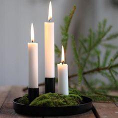 Christmas Past, Christmas Candles, Scandinavian Christmas, Simple Christmas, All Things Christmas, Winter Christmas, Christmas Crafts, Christmas Decorations, Chandeliers