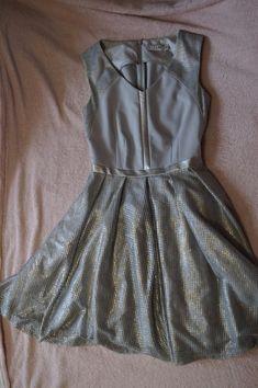 Szaro-złota sukienka