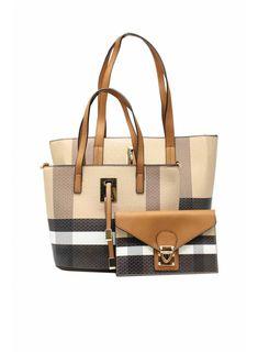 Tom&Eva divattáskák széles választékban a HLFShoes.com webáruházban, a divat nem csak a kiváltságosoké Fashion, Moda, Fashion Styles, Fashion Illustrations