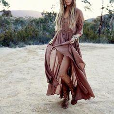 Image de gypsy, boho chic, and hippie style Hippie Style, Looks Hippie, Mode Hippie, Mode Boho, Bohemian Style, Boho Gypsy, Hippie Boho, Bohemian Clothing, Gypsy Soul