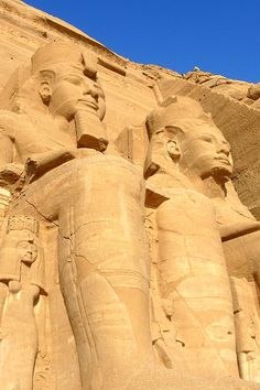 Better to see something once, than to hear about it a thousand times. Egypt is the world unto itself. Find one unforgettable journey with the true experience in Egypt: http://www.citadeltours.com/tours/nile-emerald/  #Egypt #tour #ancientGreatPyramids  Share your thought.......