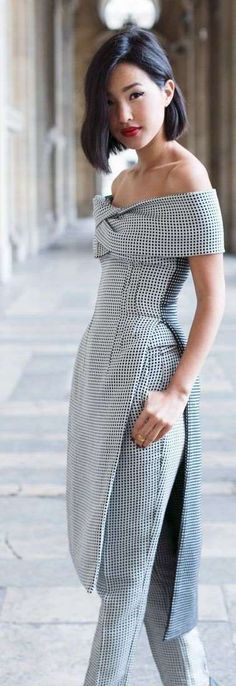 Gingham trend is not something very new but it becomes trend again and again. Here are some stylish outfit ideas for spring. Look Fashion, High Fashion, Womens Fashion, Fashion Design, Fashion Trends, Spring Fashion, Fashion Black, Fashion Guide, Fashion Fashion