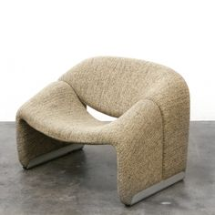 F 598 Groovy lounge chair from the seventies by Pierre Paulin for Artifort