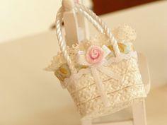 dollhouse hat straw miniatures bag by Mondinadollhouse on Etsy, €6.50