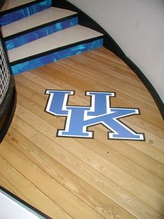 You can't miss this UK floor graphic.  Look at how seamlessly it adheres to this wooden surface.