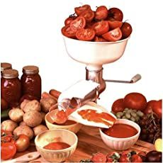 Roma Food Strainer Deluxe and Sauce Maker - Including Five Screens Canning Tomato Juice, Canning Tomatoes, Home Canning, How To Can Tomatoes, A Food, Food Processor Recipes, Yummy Food, Fresh, Juices