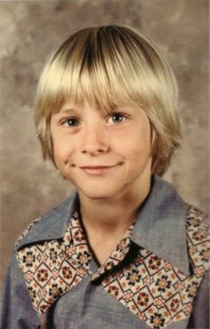 Pictures of Kurt Cobain's Family and His Childhood (4)