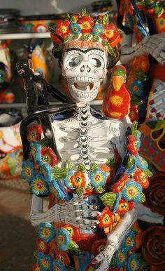 Frida skeleton with her companion animals. At Gamez pottery in Dolores Hidalgo, Guanajuato, Mexico.