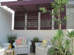 #PascalDelmotte #interiordesign #design #decorating #residentialdesign #homedecor #colors #decor #designidea #terrace #chairs Design Agency, Terrace, Villa, Interior Design, Chair, Projects, Home Decor, Balcony, Nest Design