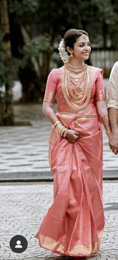 Selecting Wedding Dresses By Body Type – LivingWedding Kerala Hindu Bride, Kerala Wedding Saree, Bridal Sarees South Indian, Wedding Lehnga, Indian Wedding Wear, South Indian Bride, Bengali Bride, Kerala Saree, Indian Sarees