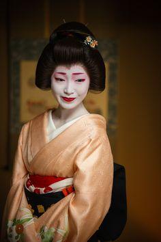 Toshikana, Komaya Okiya, Miyagawacho