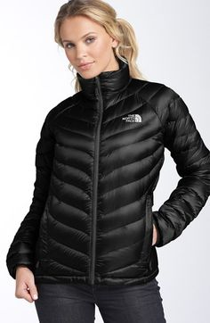 Free shipping and returns on The North Face 'Thunder' Packable Jacket at Nordstrom.com. Ultra-lightweight packable jacket with a trim, sweater-like fit is insulated with 800-fill down for optimum warmth.