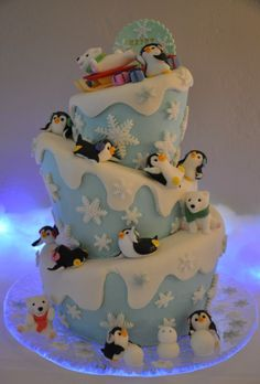 Decoration by my Client Ms.Michelle Toppers by mimicafe Union mimicafeunion. - Decoration by my Client Ms.Michelle Toppers by mimicafe Union mimicafeunion. Pretty Cakes, Cute Cakes, Beautiful Cakes, Amazing Cakes, Winter Torte, Winter Cakes, Penguin Cakes, Holiday Cakes, Christmas Cakes