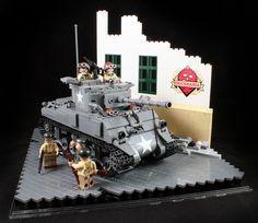 M4A3 Sherman Display Lego Ww2 Tanks, Marine Core, Lego Army, Kids Blocks, Lego Vehicles, Lego Castle, Cool Lego Creations, Awesome Lego, Lego Worlds