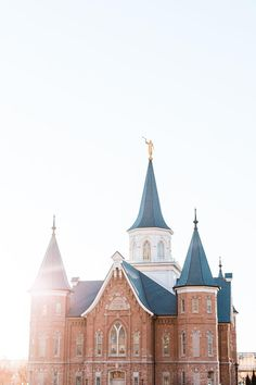 Lds Temple Pictures, Lds Pictures, Church Pictures, Pictures Of Christ Lds, Jesus Christ Images, Utah Temples, Lds Temples, Mormon Temples, Latter Day Saints