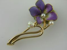 ANTIQUE ART NOUVEAU ENAMELED 14K GOLD ENAMEL PANSY PIN -  a marvel !!