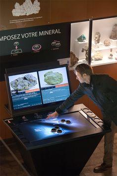 Musée d'histoire naturelle de Lille. TABLE A DETECTION D'OBJETS : Mineralogie ludo-pedagogique