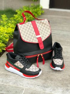 Gaming PinWire: Pin by Samantha Hazzard on Shoe Game in 2018 Gucci Sneakers, Sneakers Fashion, Fashion Shoes, Fashion Outfits, Gucci Fashion, Fashion Bags, Fashion Ideas, Womens Fashion, Gucci Handbags
