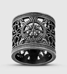 Gucci - Ring aus antikem Metall mit durchbrochenem Design - €250