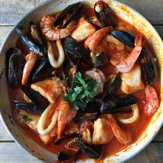 Spicy Recipes, Great Recipes, Paella, Lemon Kitchen, Fish And Chicken, Scampi, Fish Dishes, Fish And Seafood, Food Inspiration