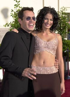Marc Anthony & Dayana Torres Famous Latinos, Dayanara Torres, Living In Puerto Rico, Salsa Music, Pageants, Celebrity Couples, Worlds Of Fun, Jennifer Lopez, Hugs