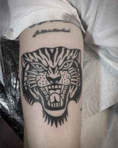 tiger on Daniel!!!! thanx! #tattoojoris #tattoojorisandco #tattooshopamsterdam #tigertattoo #blackink #blacktattoo