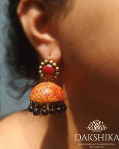 These Trendy And Stunning Terracotta Jhumkas Are For The Quirky Bride-To-Be. For more such wedding jewellery inspirations, stay tuned with shaadiwish. Terracotta Earrings, Terracotta Jewellery, Unique Earrings, Unique Jewelry, Jewelry Design, Bridal Accessories, Wedding Jewelry, Wedding Jewellery Inspiration, Jhumka Designs