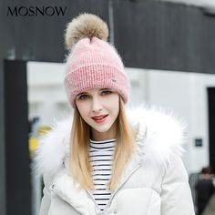 Cheap MOSNOW Sombreros de Invierno Para Las Mujeres de Punto de Lana  Mujeres 2017 La Moda de Nueva Pompón De Piel de Alta Calidad de la Gorrita  Tejida ... e10204b58b6