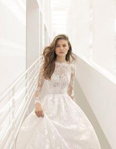 Lace boat neck wedding dress