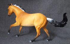 ranch mare resin modelhorse by morgen kilbourne custom modellpferd repaint buckskin Falbe resin modelhorses gallery - anja-franke-artworkss Webseite!