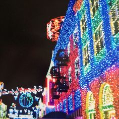 The Osborne Family Spectacle of Dancing Lights on 12/31/2013.