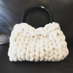 超極太毛糸Bicky で作ったドリームキャッチャー風壁飾り|毛糸ズキ!