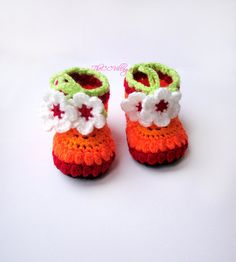Red, Orange crochet baby booties, baby girl booties, shoes with white flower