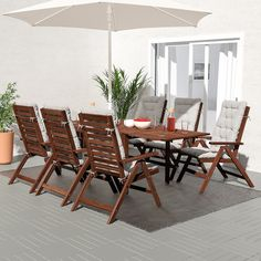 As the drop-leaves can be folded and removed, you can quickly adjust the table size according to your needs. The hole in the middle of the table top keeps your parasol in place. Outdoor Cushion Covers, Outdoor Cushions, Chair Cushions, Outdoor Chairs, Recliner Chairs, Table Furniture, Outdoor Furniture Sets, Teak, Stained Table
