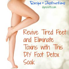 Beauty and Health DIY. Detox baths are great for helping you to look and feel healthier. Foot detox is also a great idea to help revive tired feet. Particularly now since summer is officially in full swing, keeping your feet healthy is a must especia Health And Beauty Tips, Health Tips, Foot Detox Soak, Diy Pedicure, Pedicure Soak, Bath Detox, Tired Feet, Tips Belleza, Beauty Recipe