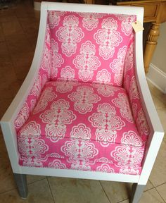 LILLY PULITZER FURNITURE Pink & White MEGHAN CHAIR NEW FROM HER HOME COLLECTION! | eBay