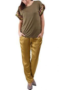 Deha / Different. Khaki Pants, Fashion, Moda, Khakis, Fashion Styles, Fashion Illustrations, Trousers