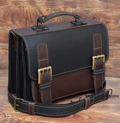 Best Leather Backpack, Leather Briefcase, Leather Bag, Wooden Bag, Handmade Leather Wallet, Bag Accessories, Purses, Product Development, Briefcases