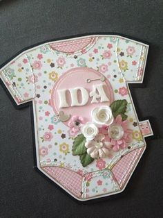 Card Tags, Gift Tags, Baby Girl Christening, Pinterest Crafts, Baby Album, Tag Design, Baby Cards, Cute Cards, Creative Cards