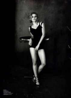 Scarlett-Johansson-by-Peter-Lindbergh-for-Vogue-China03
