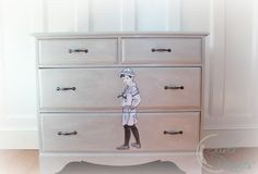 Lovely piece by Dani of Finding Silver Pennies - check out her blog, it's neat! chalk_paint_decoupaged_dresser