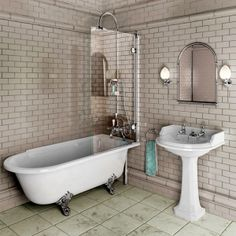 Burlington Hampton Traditional Shower Bath : ukBathrooms