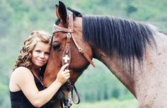 candacecrossphotography.com, horse, horse love, senior photo ideas for girls, with horses, happy, open feild, mountains, graduation, hard work paying off, curly hair, brown and blond, love for horses, Durango Co Photography, Senior photography