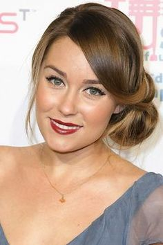 I love everything about this look! So much that I asked the hairdresser to do a side bun like this for prom! #laurenconrad