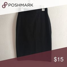 • Classic Black Pencil Body con Skirt • Size small, wasitband, cotton blend. Like new condition!  A Stretch-Knit Pencil Skirt Featuring A Fitted Silhouette And An Elasticized Waist. - 89% Cotton, 11% Spandex -⭐️Bundles 15% off⭐️  please feel free to ask any questions or submit an offer. Forever 21 Skirts Pencil