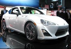 The 2018 Scion Frs offers outstanding style and technology both inside and out. See interior & exterior photos. 2018 Scion Frs New features complemented by a lower starting price and streamlined packages. The mid-size 2018 Scion Frs offers a complete lineup with a wide variety of finishes and features, two conventional engines.